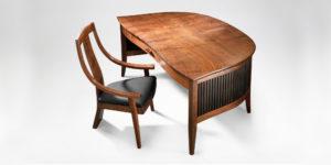 The handmade wraparound Savik Desk